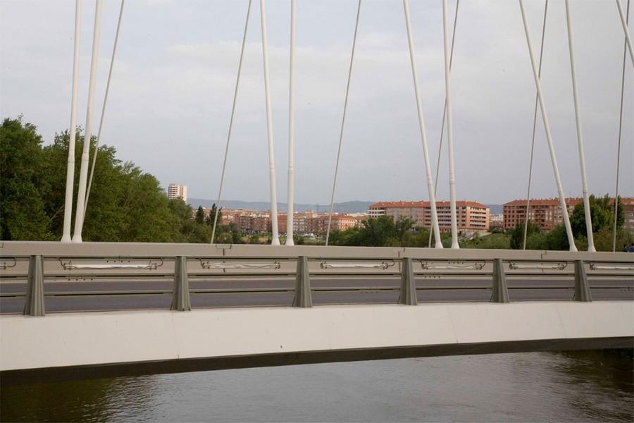 MOSA 20 Puente en Logroño